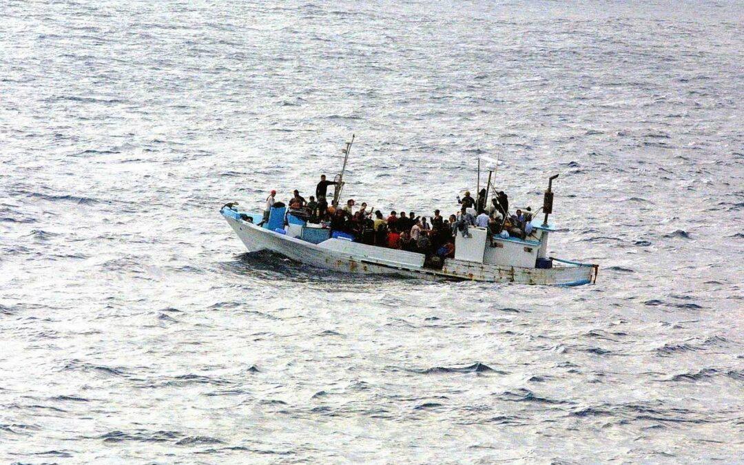 Varför det dör flyktingar på medelhavet – och hur vi kan stoppa det